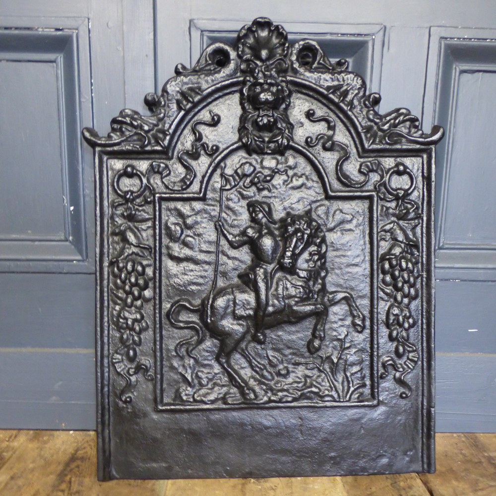 RECLAIMED CAST IRON FIRE SCREEN BACK PLATE HORSE AND RIDER RWI5039