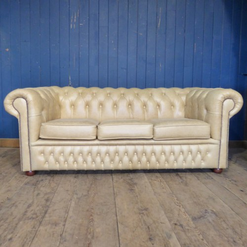 CREAM LEATHER CHESTERFIELD THREE SEATER SOFA RWI4757