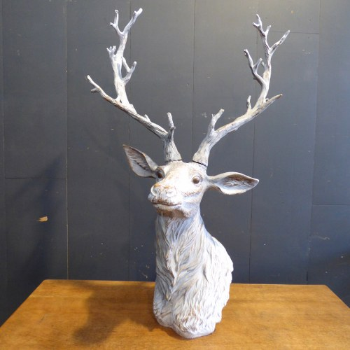LARGE DECORATIVE STAG HEAD STATUE CH