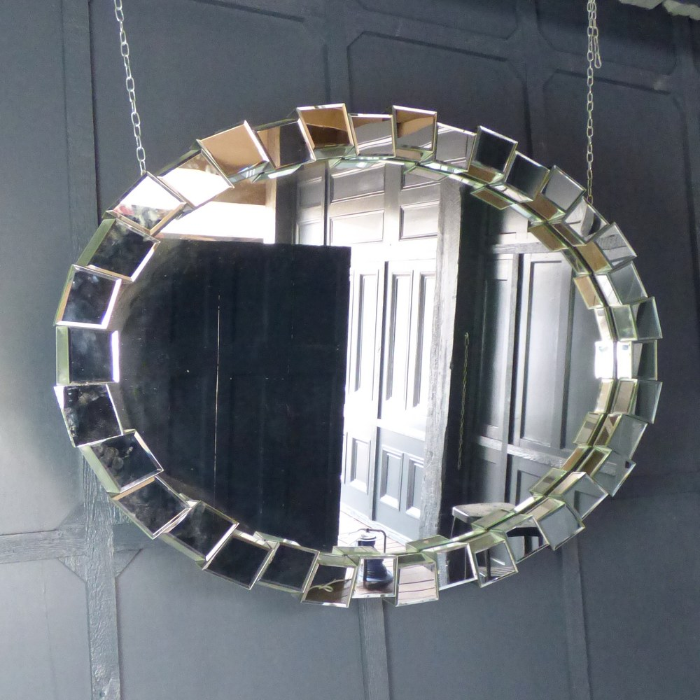 LARGE OVAL SCULPTURAL MIRROR RWI5237