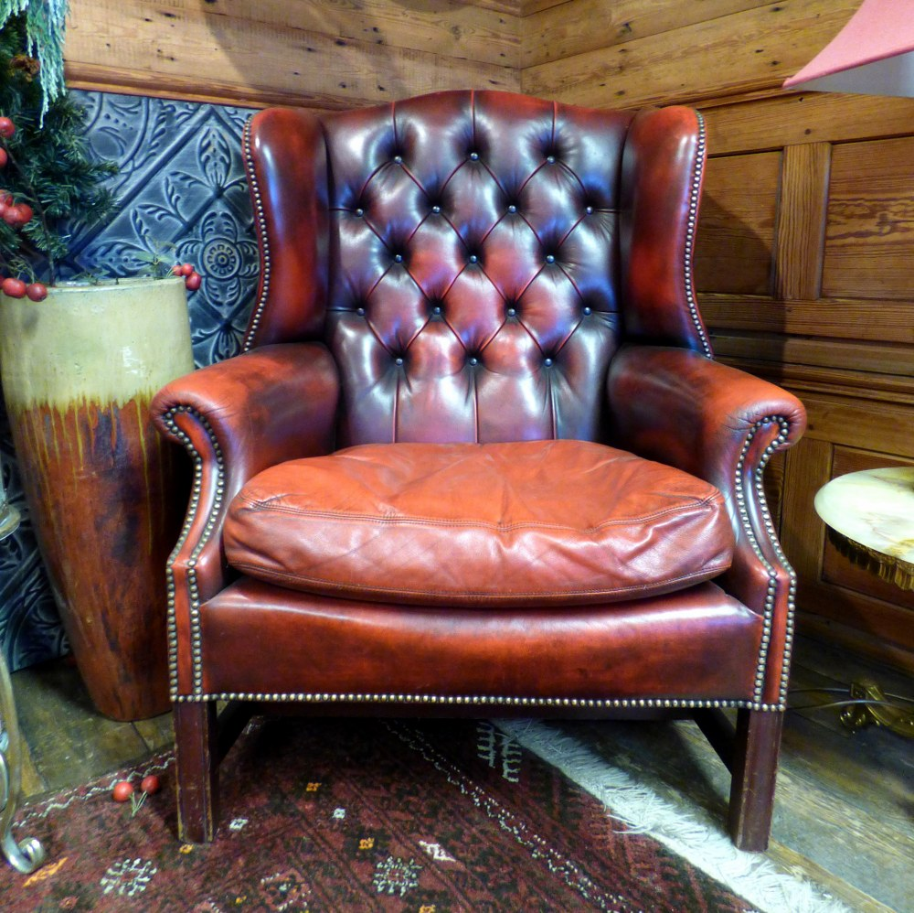 RED LEATHER WINGBACK CHESTERFIELD ARM CHAIR RWI4372