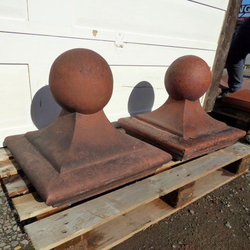 #6 PAIR RECLAIMED BALL TOP TERRACOTTA PIER PILLAR CAPS 16 X 16 INCH RWI4737