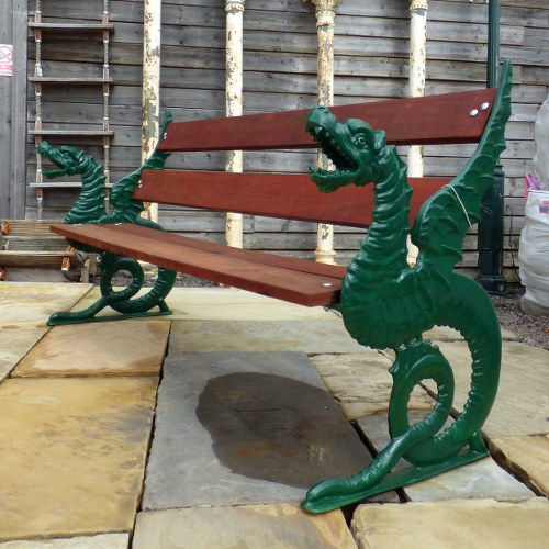 GARDEN BENCH WITH MAGNIFICENT CAST IRON DRAGON BENCH ENDS RWI4380