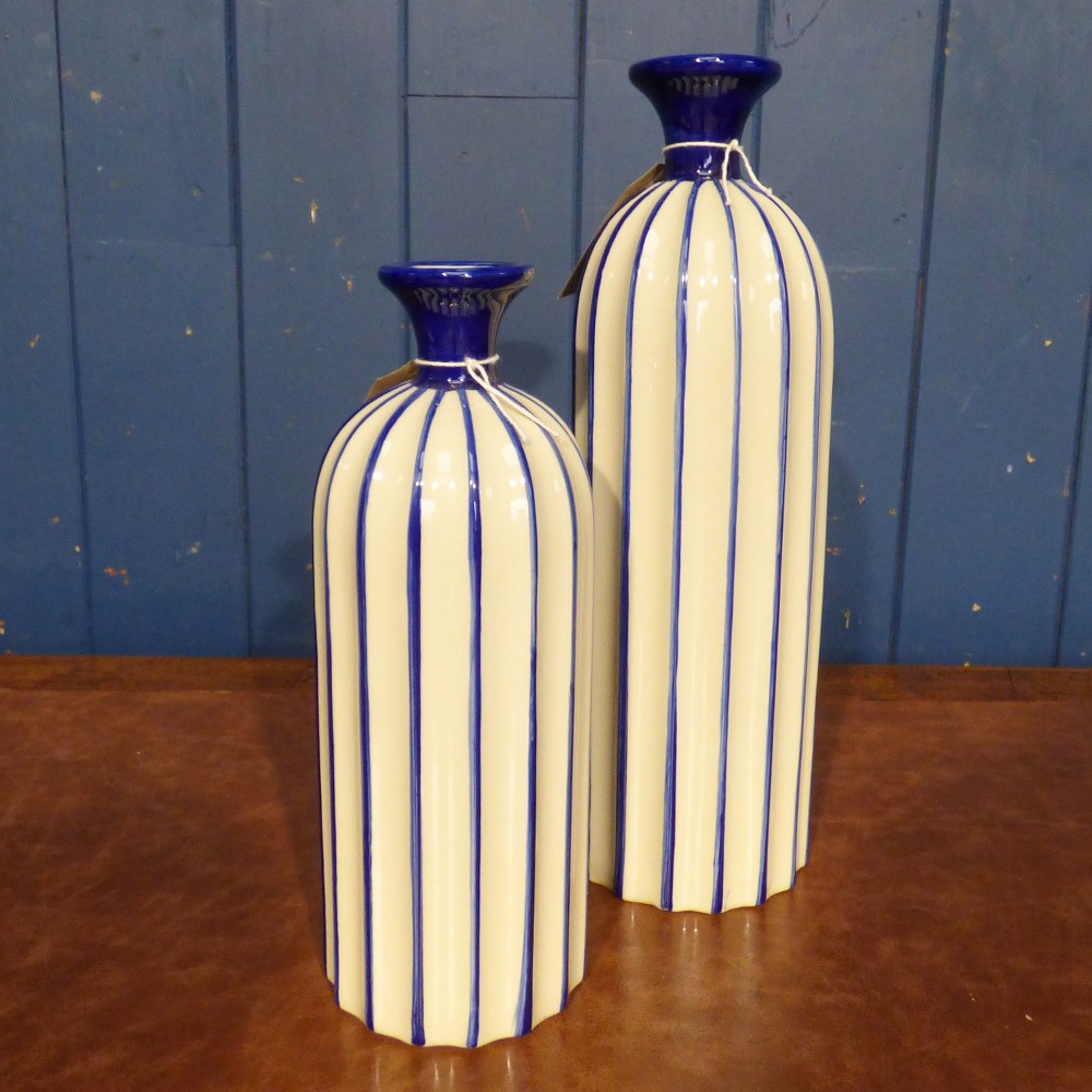 BLUE AND WHITE CERAMIC BOTTLE VASES
