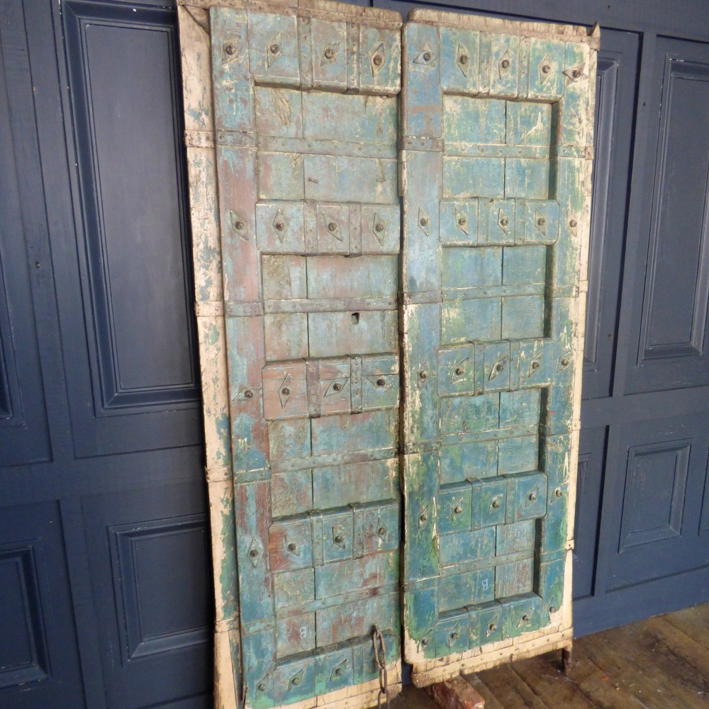 GREEN PAINTED RECLAIMED INDIAN DOORS RWI4946