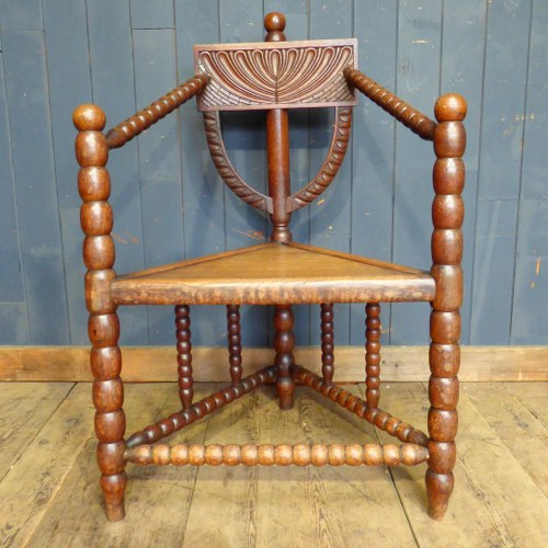 CARVED BOBBIN CORNER CHAIR RWI3688