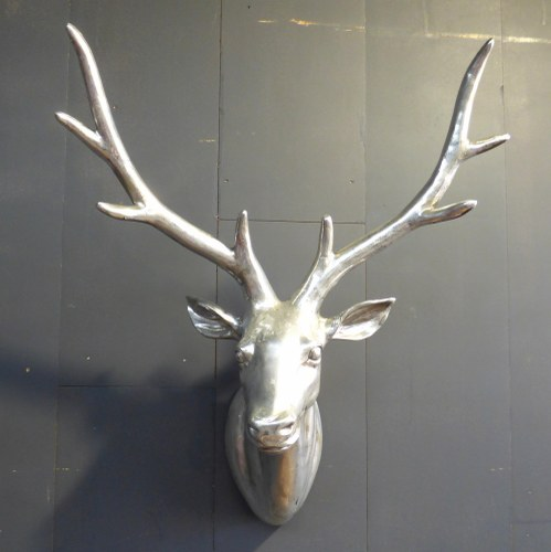 SILVER WALL MOUNTED RESIN STAG HEAD CH