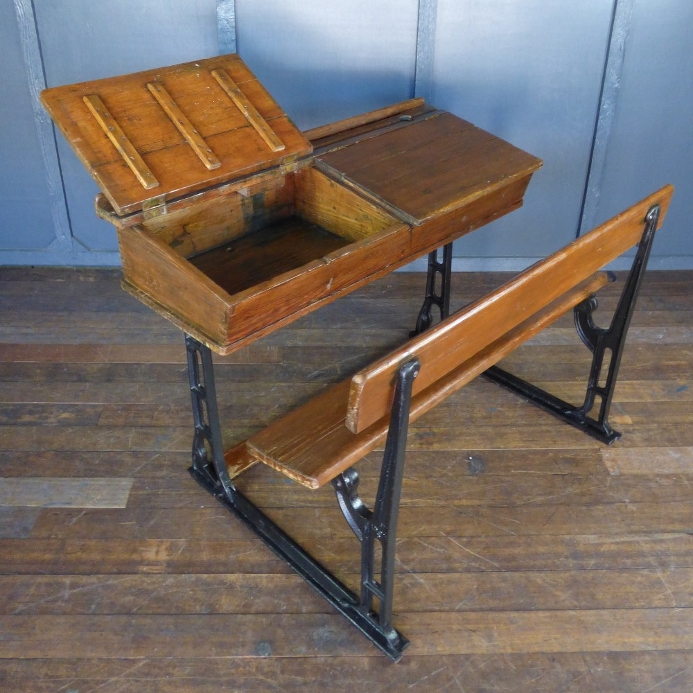 VICTORIAN DOUBLE SCHOOL DESK WITH SEAT RWI5305