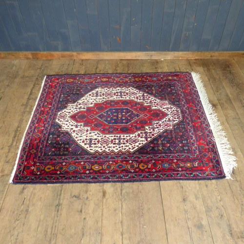 LARGE DARK RED AND PURPLE RUG RWI3700