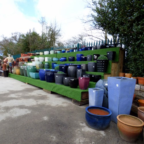 WIDE SELECTION OF GLAZED CERAMIC PLANTERS, POTS AND JARDINIERES
