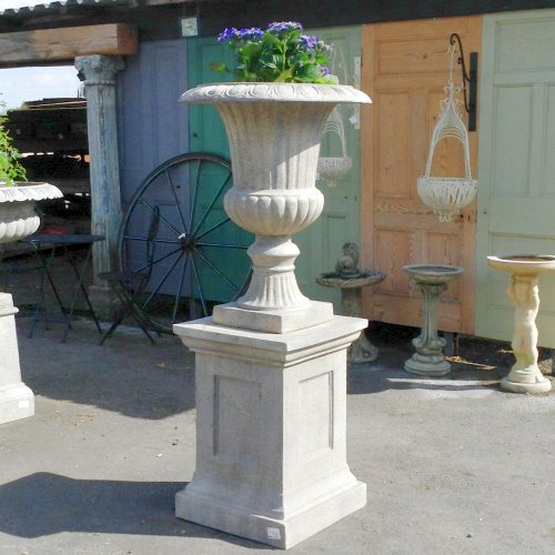 LARGE URN ON PLINTH