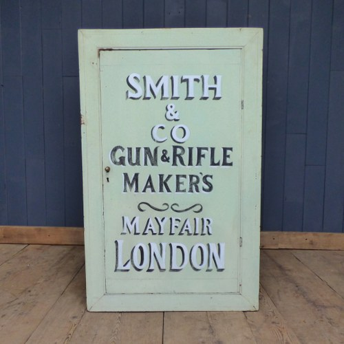 PAINTED SMITH & CO RIFLE MAKERS GUNSMITH CABINET