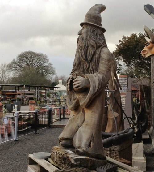 Wizard chainsaw carving wooden carvings reclaimed world